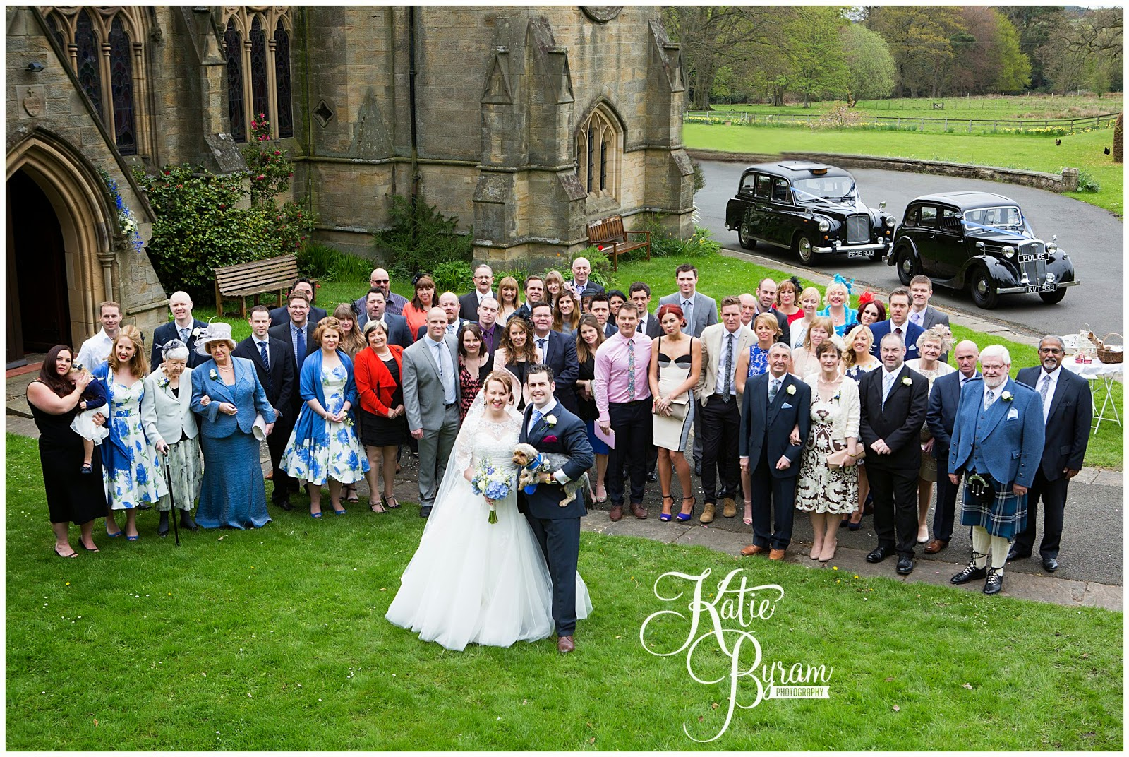 minsteracres wedding, lord crewe arms wedding, dog at wedding, scoops and smiles, katie byram photography, ice cream van hire newcastle, newcastle wedding photography, relaxed wedding photography, quirky, 50