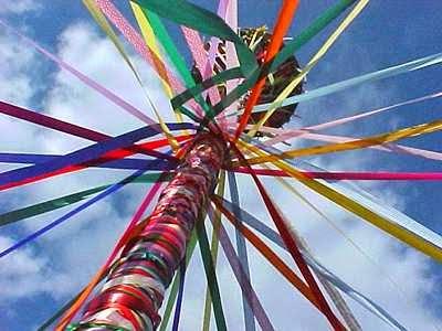 Roda do Ano: Sabbat Beltane - May Pole