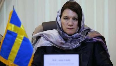 Hormati Konstitusi, Menteri Swedia Kenakan Kerudung Saat Kunjungi Iran