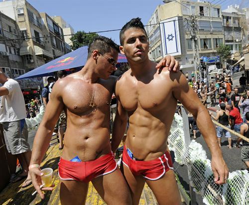 cubano gay pollón