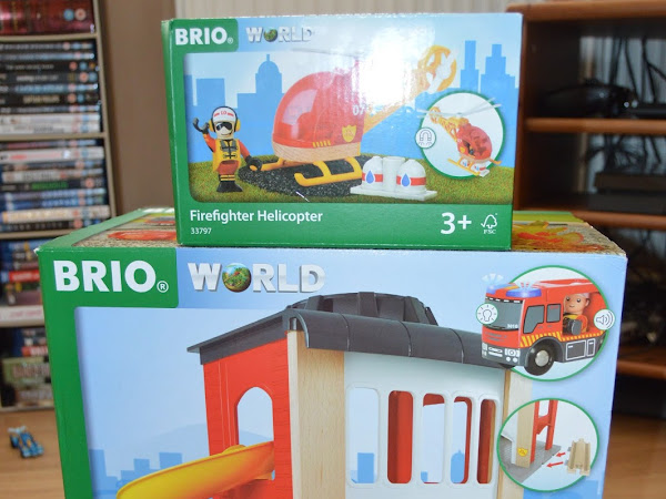 Brio World Fire Station and Firefighter Helicopter Review
