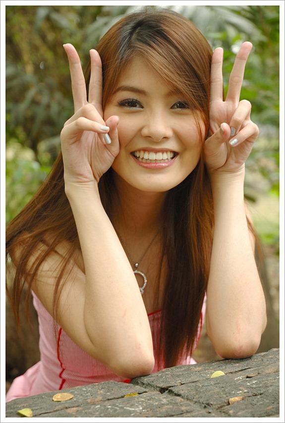 https://3.bp.blogspot.com/-u560CfBGpKI/TdH1W5lvfcI/AAAAAAAABPw/V4izbLcvhHg/s1600/Cute+and+Beautiful+Thai+Model+%25282%2529.jpg