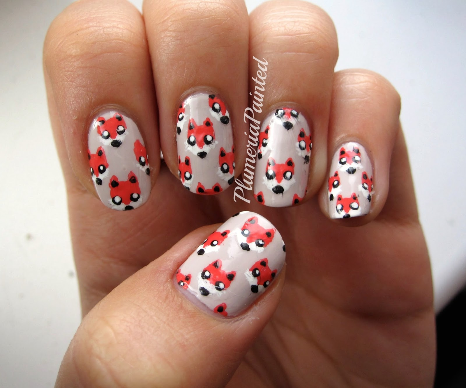 Fox Nail Designs: PlumeriaPainted: Fox Print Nail Art