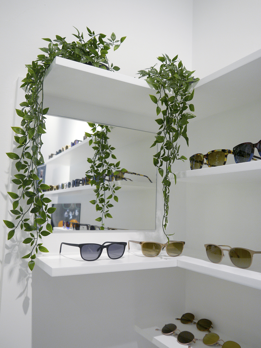 5 top tips for making shoppin for eyewear easy, painless and fun