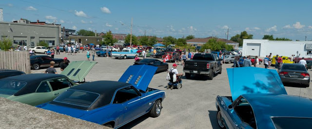 One of the parking lots in downtown Orillia taking some of the overflow vehicles from the vintage and classic car show.