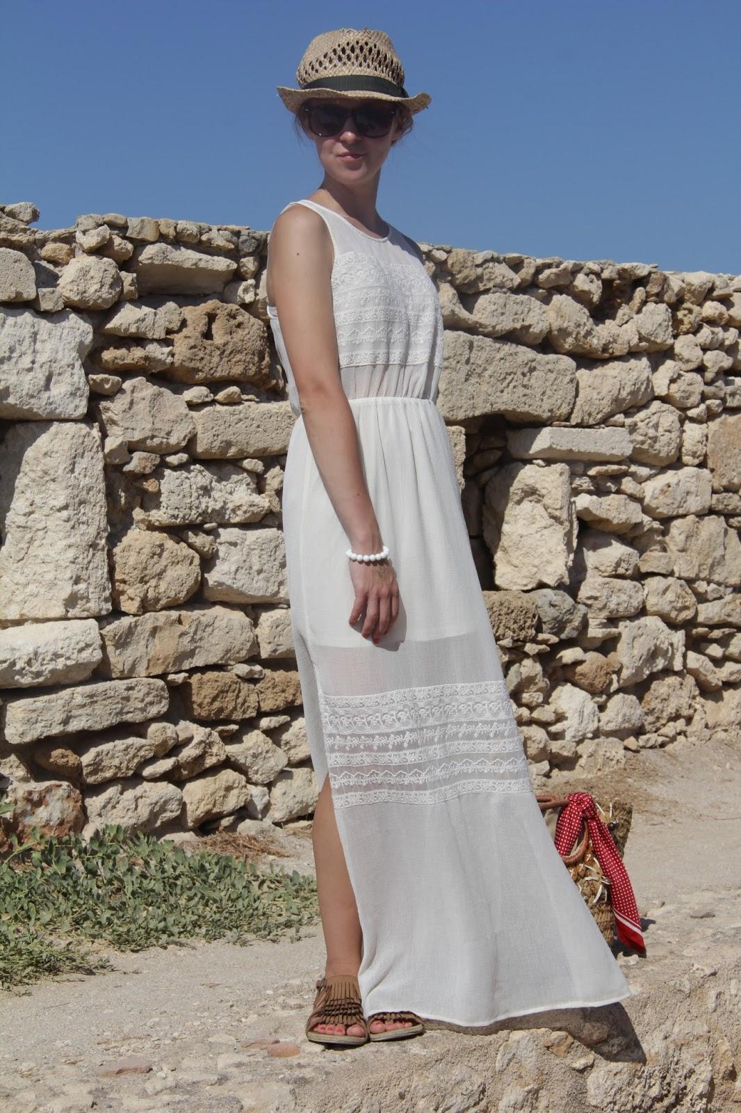 #outfit white boho dress