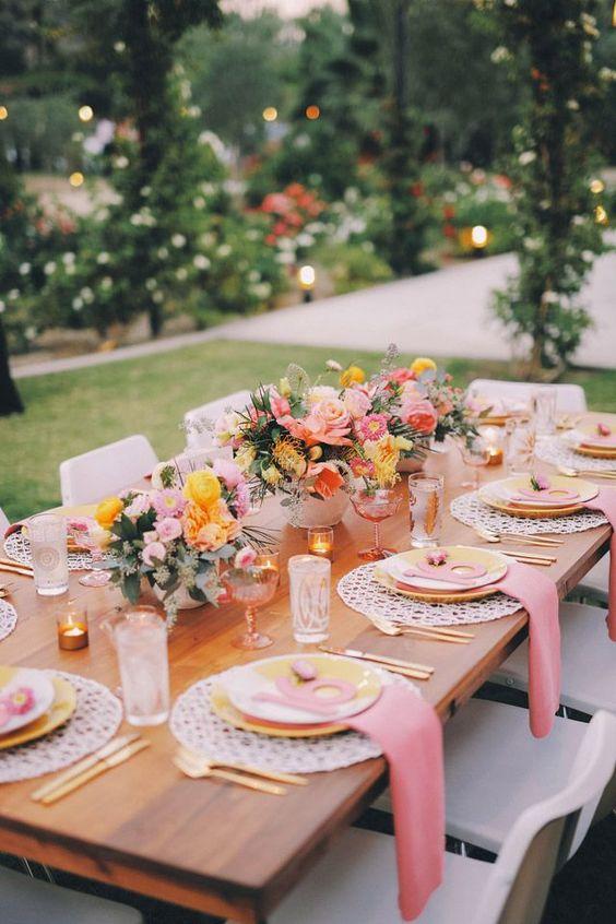 Beautiful bridal unforgettable garden wedding table settings for Garden wedding table settings