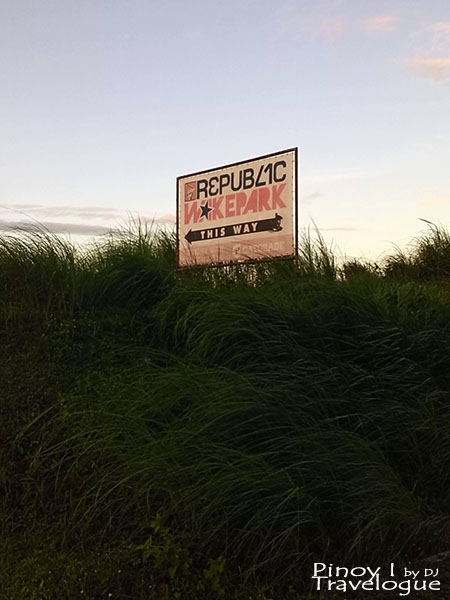 Signage pointing to Republic Wakepark