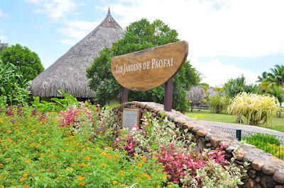 Entrée des jardins de Paofai : jardin botanique de Tahiti.