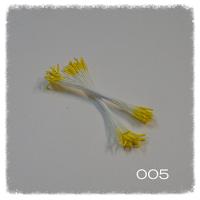 http://www.foamiran.pl/pl/p/Preciki-do-kwiatow-zolte-dlugie/534