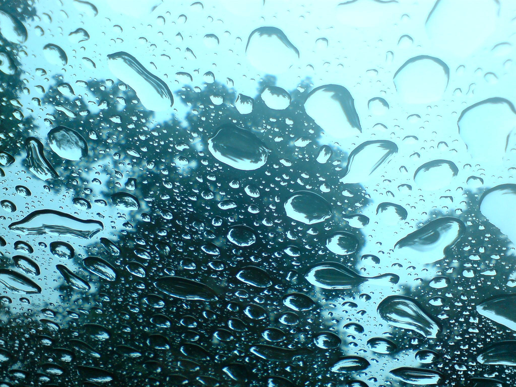 La physique des gouttes de pluie et la répartition des richesses