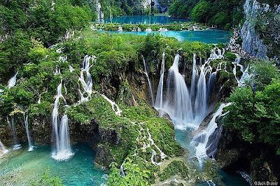 Gambar Pemandangan Alam Indah Air Terjun Super Cantik
