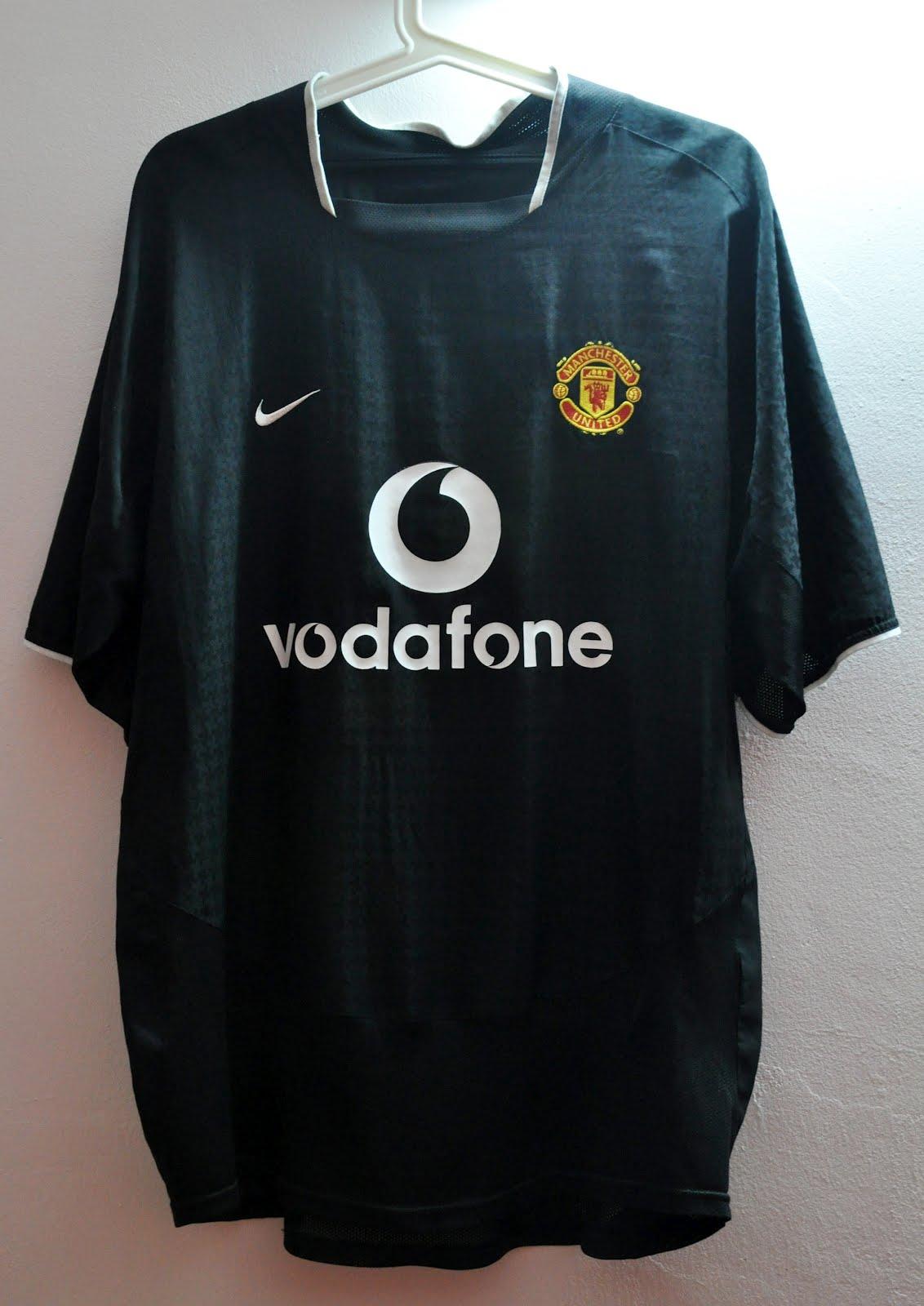 b9dd34e44 DAUS REDSCARZ  Manchester United 2003-2005 Away Kit    My First Jersey