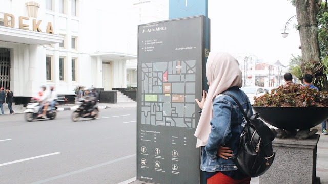 Information board at alun-alun Bandung