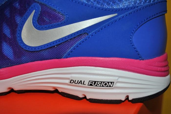 Nike dual fusion kolor niebieski