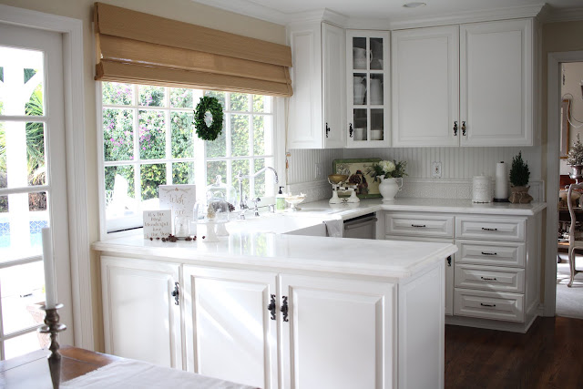 White Kitchen on Maison de Cinq