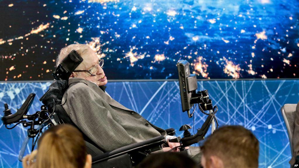El físico británico es considerado la mente más brillante desde Einstein / AP