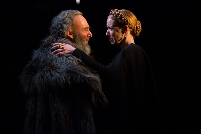 king lear why cordelia truly King lear is a tragedy written by william shakespeare  king lear: cordelia's farewell by edwin austin abbey  monarch loses everything by giving in to his sycophantic courtiers who.