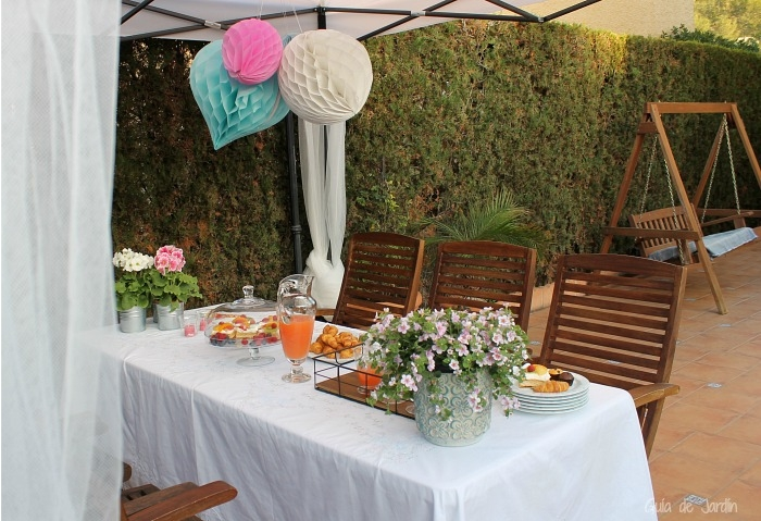 C mo decorar una carpa para una fiesta al aire libre for Como decorar el patio de tu casa