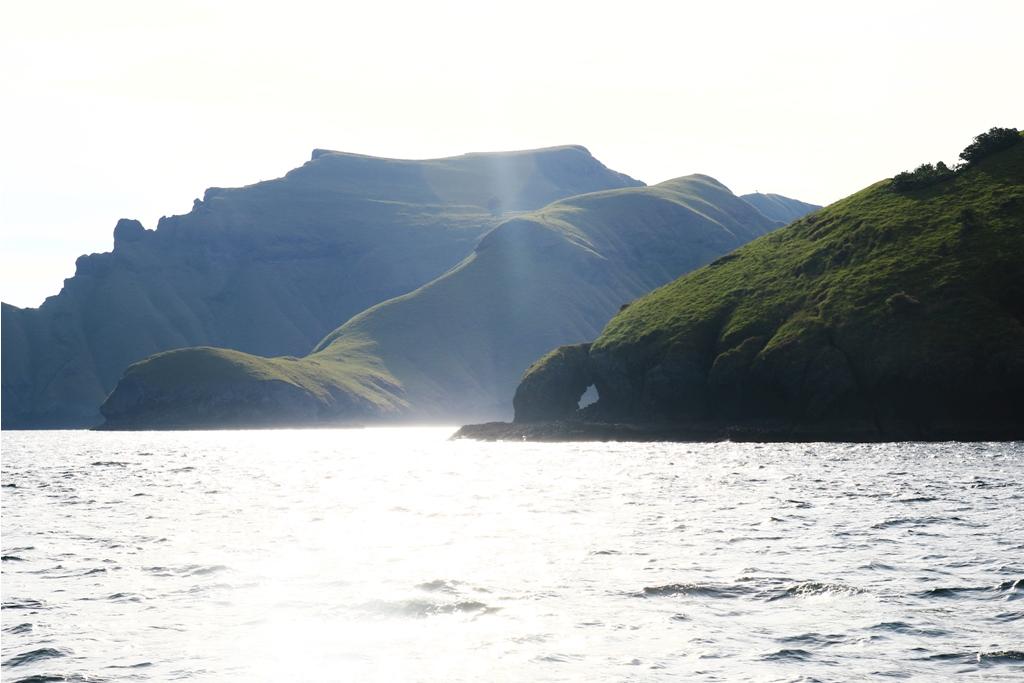 Laut yang tenang dan damai