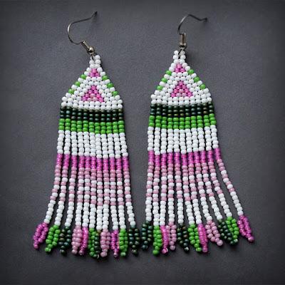 купить оригинальные украшения из бисера качественные серьги ручной работы