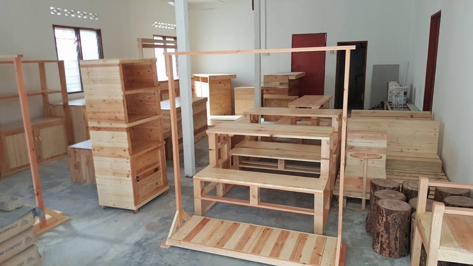 Barang Perabut Kayu Pine Dan Pallet
