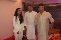Sachin Tendulkar with his wife at Mata ka Jagrata hosted by Anu Malik 43.JPG