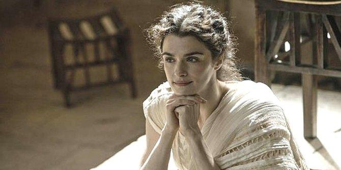 Rachel Weisz memerankan Hypatia dalam film Agora.