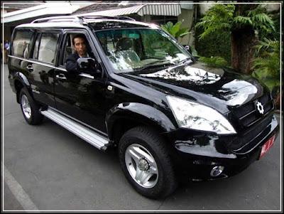 mobil buatan Indonesia merk Esemka