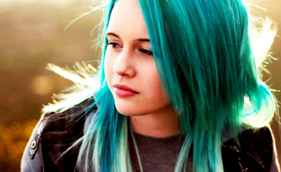 """Lirik Lagu Bea Miller - Crash & Burn"""