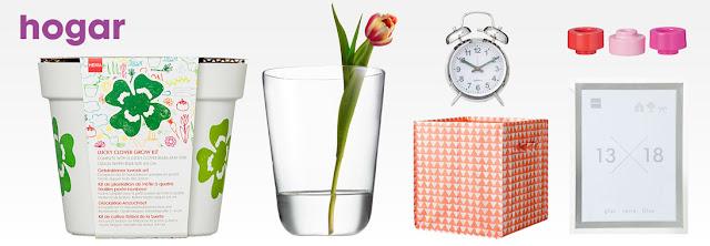 Maceta, jarrón con flor, caja, despertador, marco y portavelas en tonos rosas