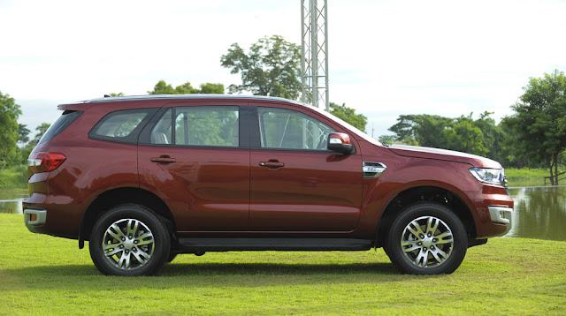 Ford Everest 2016 nâng cấp trang thiết bị an toàn hơn