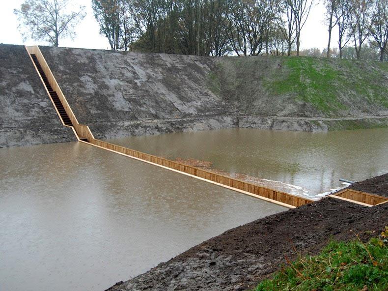 El puente hundido de la fortaleza Roovere | Paises Bajos