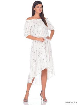 Modelos de vestidos blancos para la playa