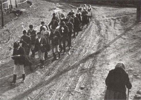 Farsangtemetés Alsósófalván - 1982