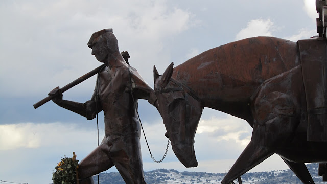 Monumento a los Gabarreros - AlfonsoyAmigos