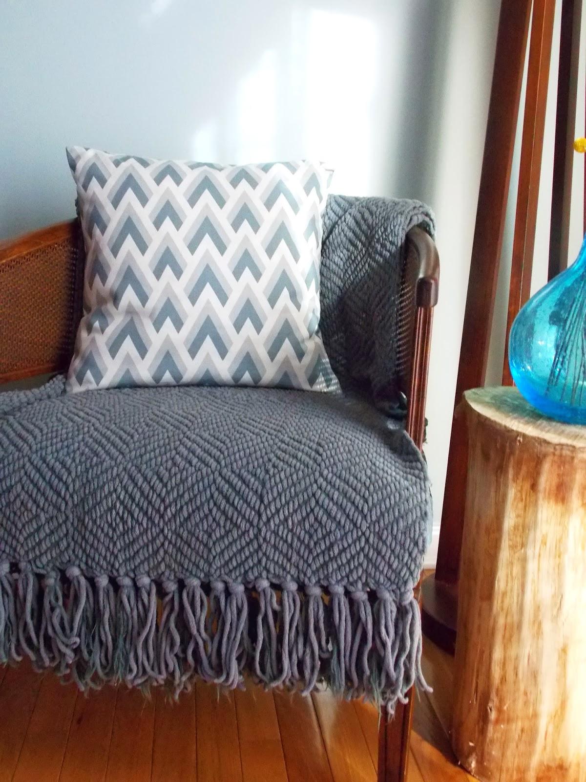 Jessica Stout Design I Love Pillows Exclusive Promo Code
