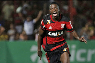 Jugada de Vinicius para el empate del Flamengo
