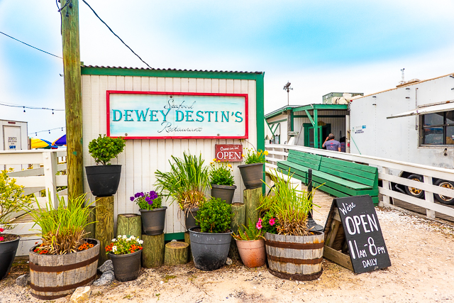 Dewey Destin's entrance