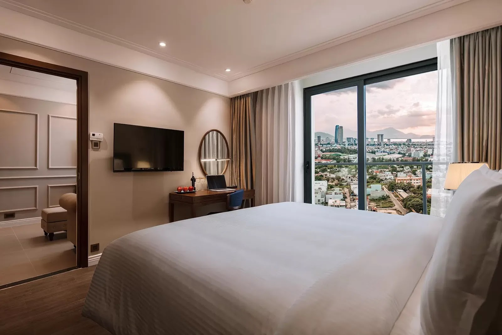 Phòng ngủ căn hộ Luxury Đà Nẵng