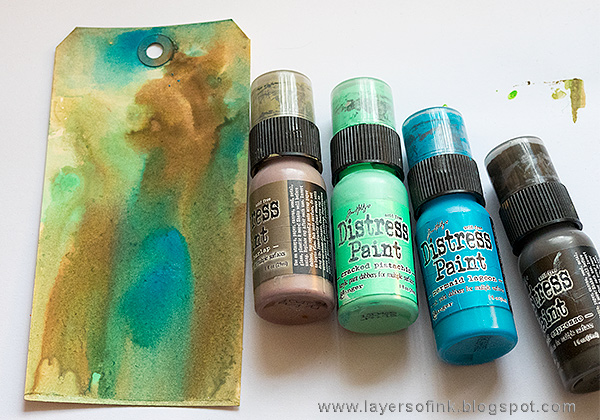 Layers of ink - Grunge It Up Tag Tutorial by Anna-Karin Evaldsson