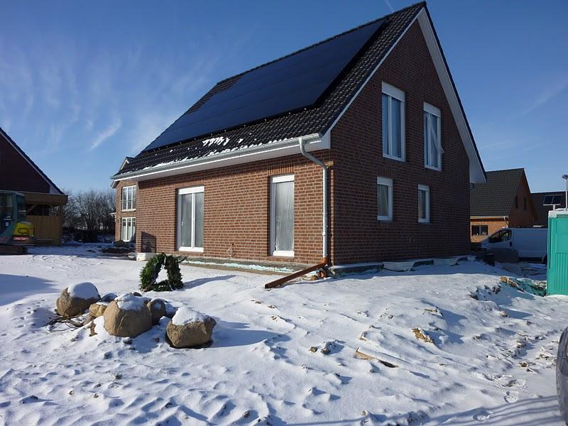 unser haus in meimersdorf haus im schnee. Black Bedroom Furniture Sets. Home Design Ideas