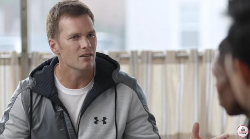 Modello e modella Foot Locker  pubblicità con Tom Brady con Foto - Testimonial Spot Pubblicitario Foot Locker  2016