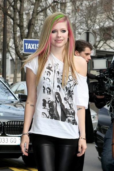 TMVbijoux: Miss T-Shirt, Avril Lavigne com suas variedades ...