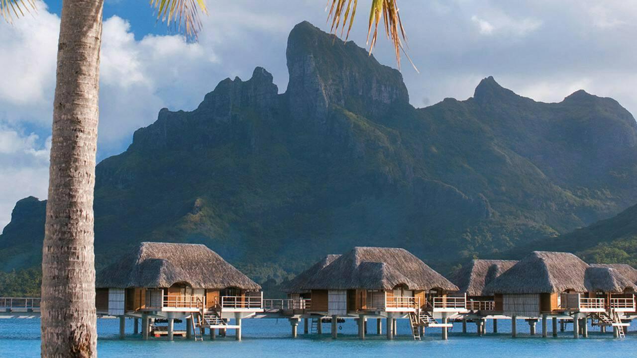 World of Architecture: Four Seasons, Bora Bora, French ...