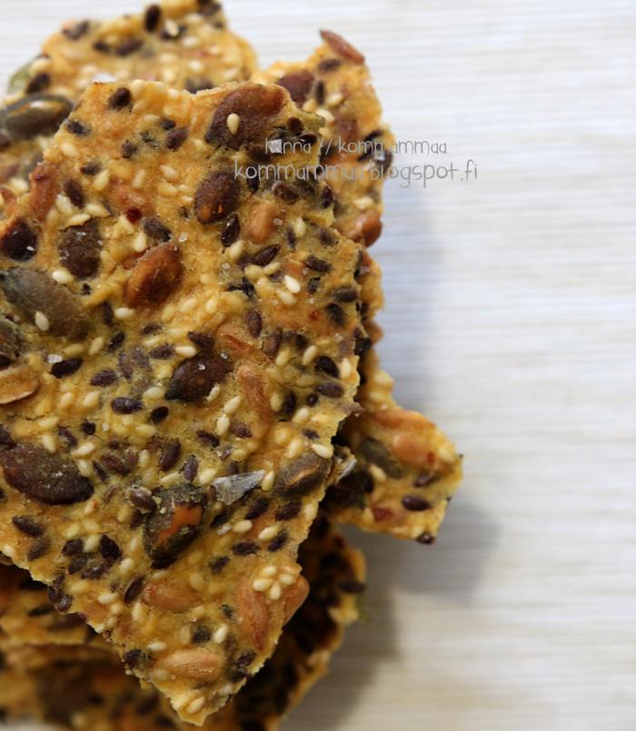 siemennäkkäri siemennäkkileipä näkkileipä maissijauho gluteeniton
