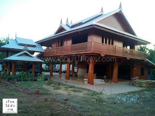บ้านไม้สองชั้นเรือนไทยยกพื้นสูงโครงสร้างไม้