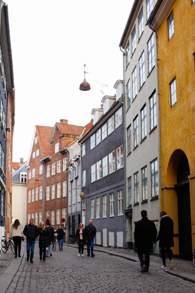 Indre By, Magstræde, things to see, colorful street, Copenhagen, blogger,