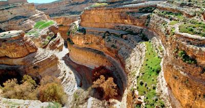 Cañón de la región de los montes Aurés, entre las actuales Túnez y Argelia