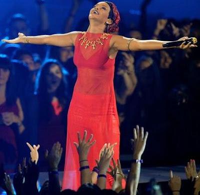 Foto de Rihanna luego de su presentación